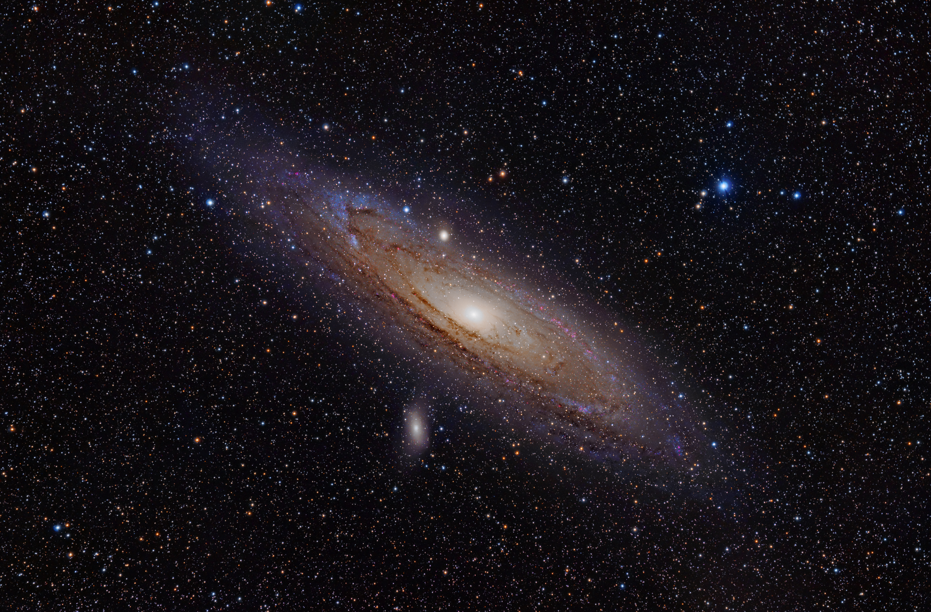 6 2,5 Andromeda Galaxy (with h-alpha)